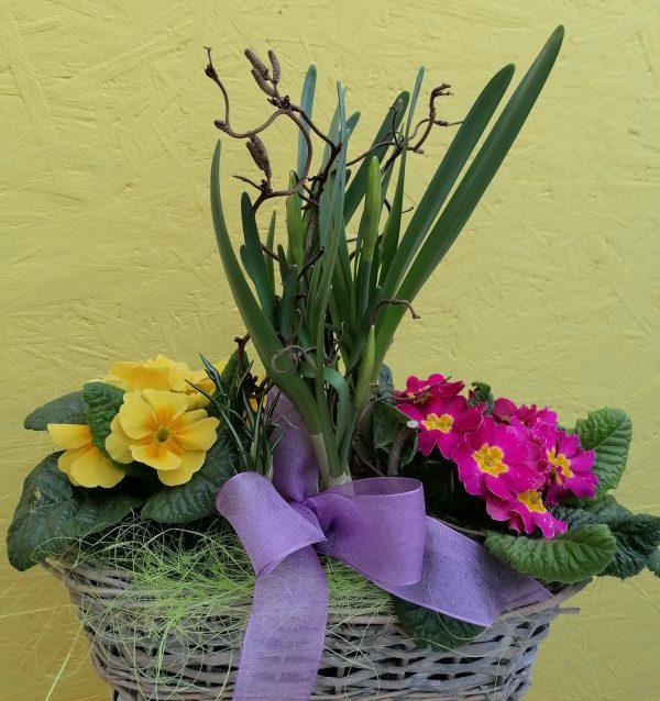 Frühlingskorb dekoriert 1
