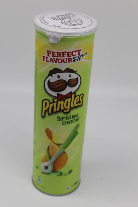 Pringles Spring Onion 1